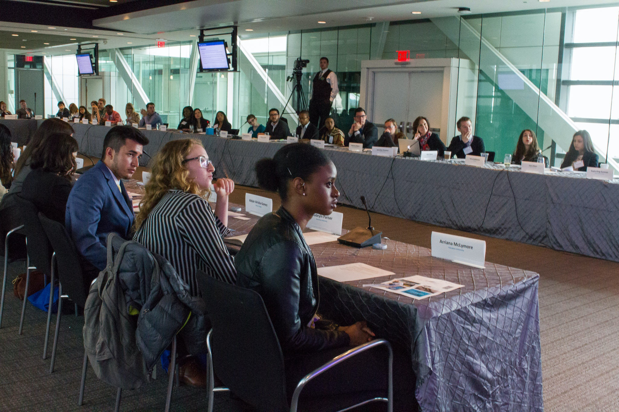 """<p>Students discuss First Amendment rights at the Newseum in Washington, D.C.,on April 2. 2016, during a conference sponsored by the Newseum Institute and Knight Foundation. Photo (cc) by<a href=""""https://flic.kr/p/F3maiD"""">Mark Schierbecker</a>on Flickr.</p>"""