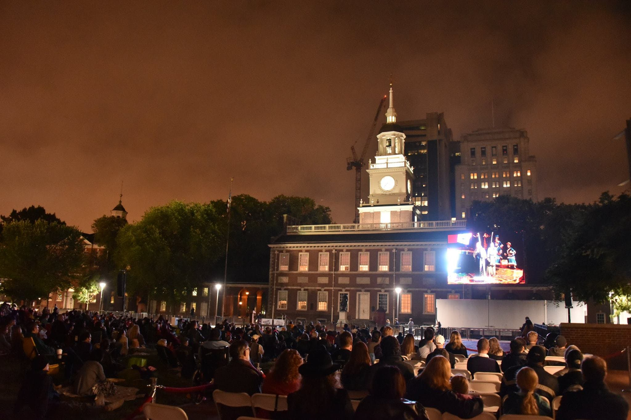<p><em>Opera on the mall outside Independence Hall. Photo courtesy of Opera Philadelphia. </em></p>