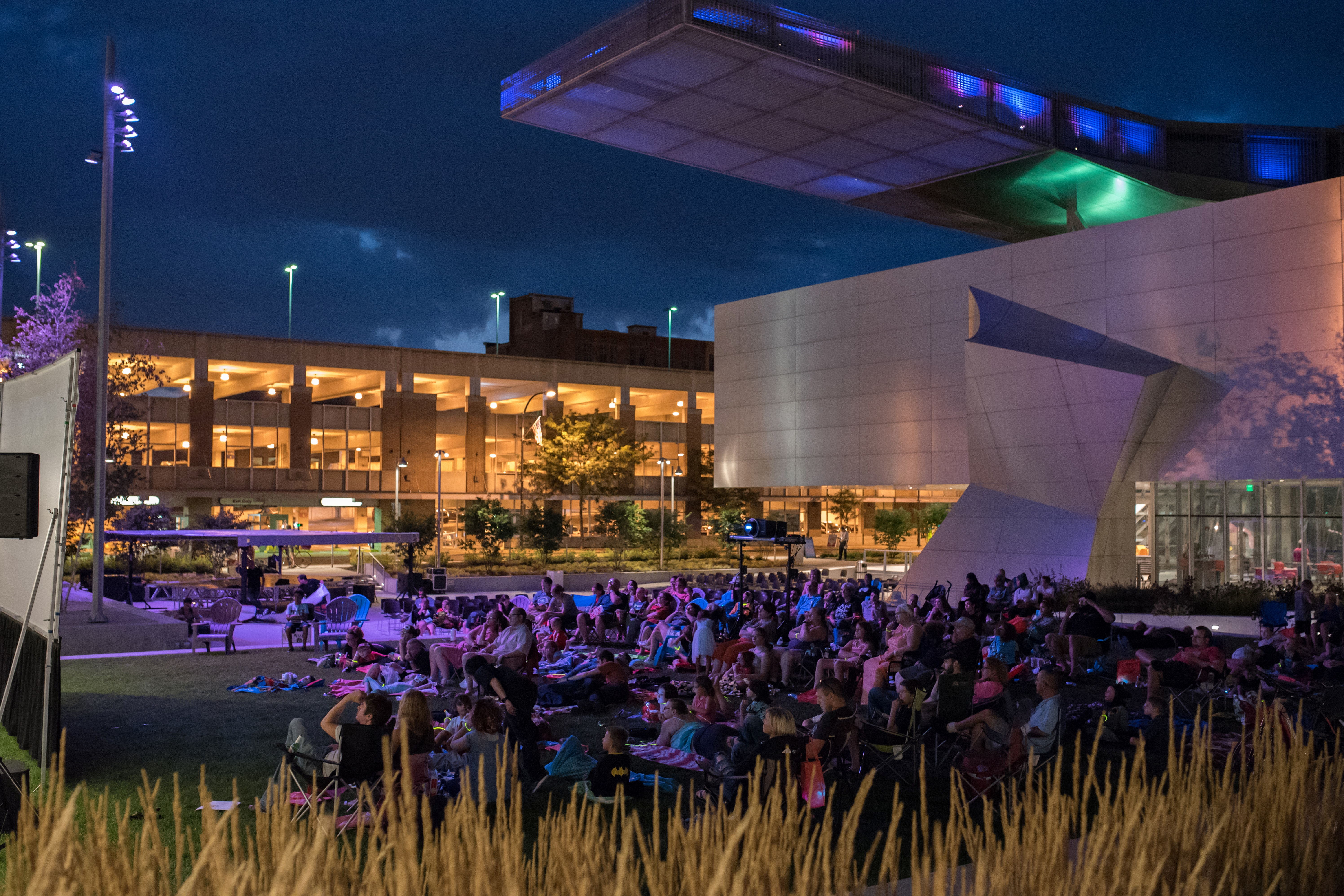 <p><em>LEGO Family Movie Night drew a crowd on a beautiful July 2017 evening at the Akron Art Museum's iconic John S. and James L. Knight Building, the first North American building designed by award-winning architecture firm Coop Himmelb(l)au. Photo: Chris Rutan Photography</em></p>
