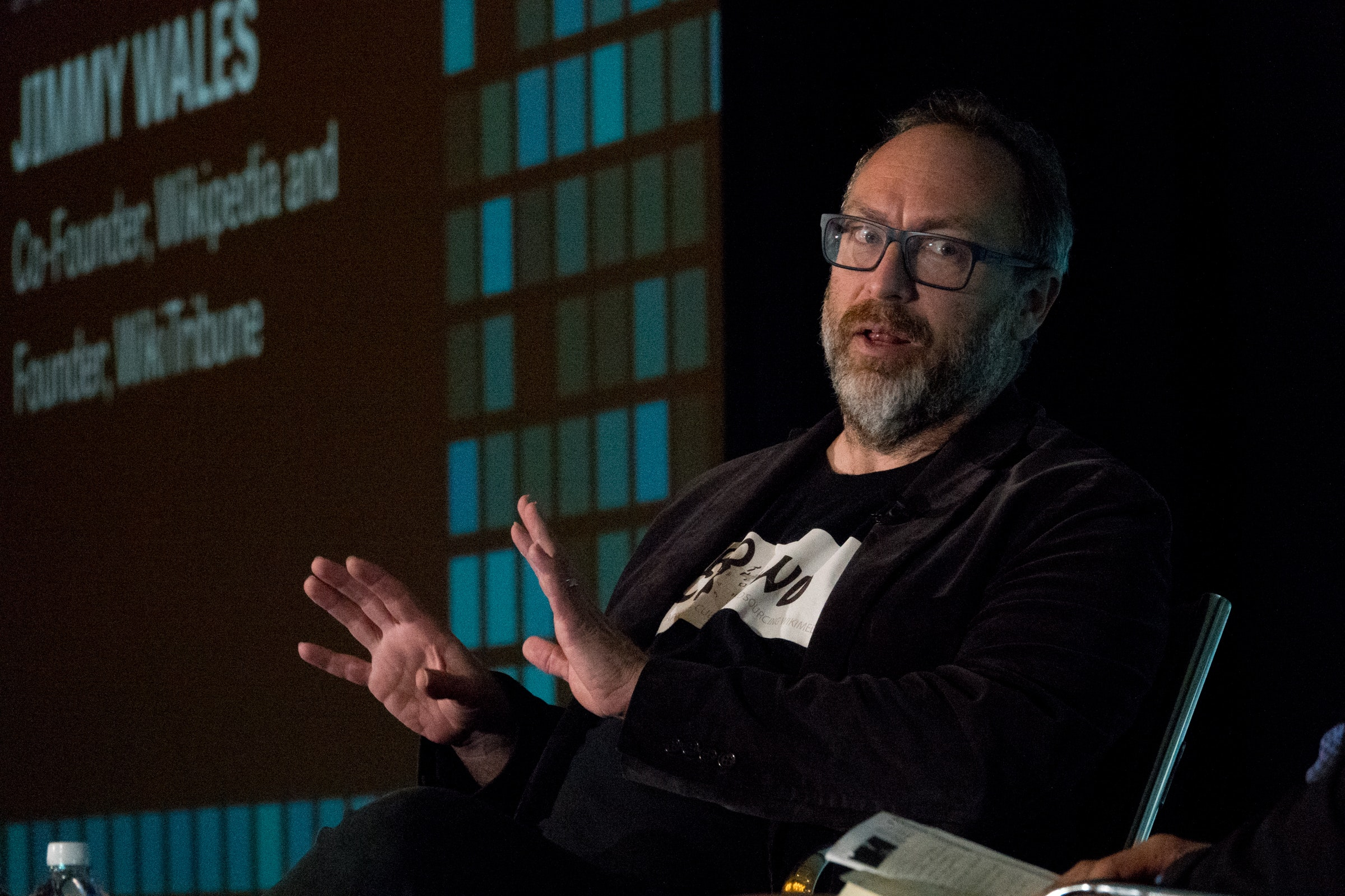 <p>Jimmy Wales, co-founder, Wikipedia and founder WikiTribune, speaks about innovative ways to work with communities to help provide them with the journalism resources they need. Photo: Angel Valentin</p>