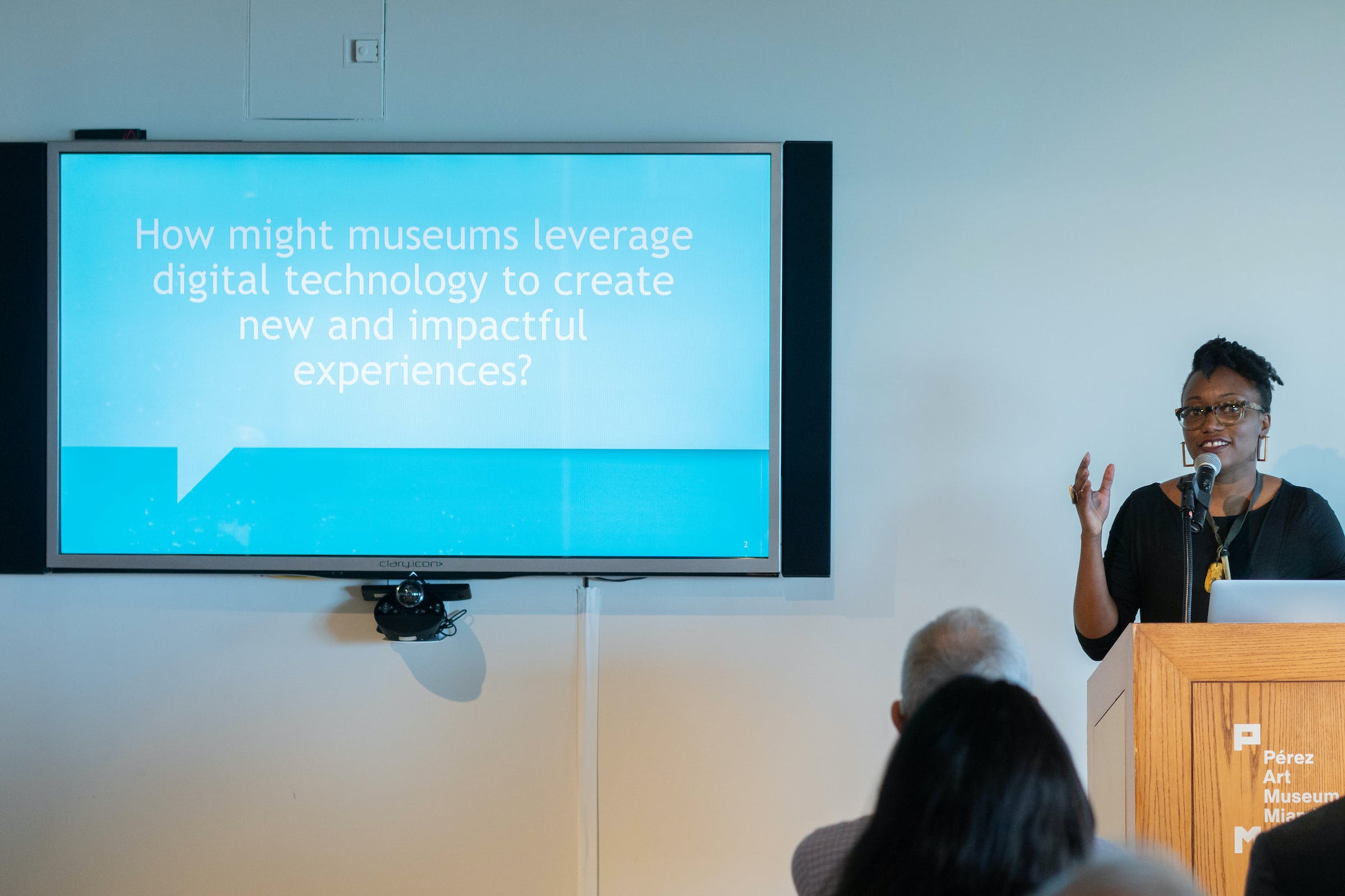 <p>Traci Thomas, of MAYA, talks about the the Process overview prior to the group presentations as part of Arts and Technology exploration of new ways to connect people to art, at the Perez Art Museum Miami. (PHOTO BY ANGELVALENTIN/FREELANCE)</p>