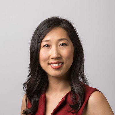 Photo of Ellen Hwang